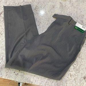 Louis Raphael Golf Pants - 38x30 - NWT